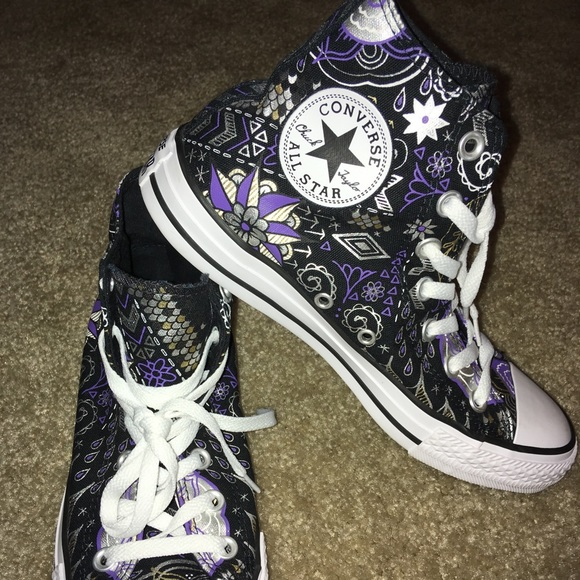 440e75976f43 Converse Shoes - Converse Tribal Design High-Tops Size 8